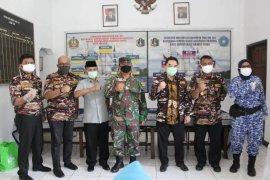 Tujuh kompleks Perumahan TNI/Polri dipasok bantuan sembako