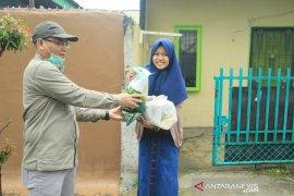 Ribuan mahasiswa Unilak Riau dapat hadiah Lebaran paket data internet