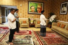 Mahfud MD laksanakan shalat Idul Fitri di rumah dinas
