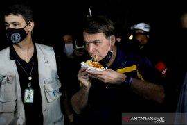 Media Brazil boikot kediaman Presiden  Bolsonaro