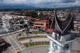 Wisata Bukitinggi buka kembali  dan tidak perpanjang PSBB