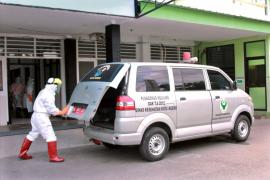 Di Kediri, 13 pasien klaster pabrik rokok dibawa ke RS khusus COVID-19