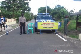 Polisi Cianjur pulangkan ratusan kendaraan wisatawan tujuan pantai selatan
