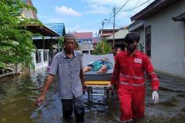 PMI kerahkan personel dan peralatan untuk diterjunkan ke lokasi banjir Samarinda