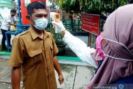 Aceh Barat terapkan protokol kesehatan saat silaturahmi bersama ribuan ASN
