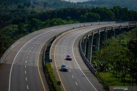 Transportasi darat menggeliat pertanda perbaikan ekonomi