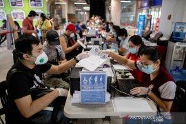 Filipina jatuh ke dalam resesi