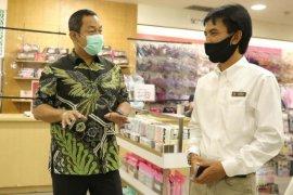 Wali Kota Semarang ancam tutup paksa swalayan berpengunjung positif COVID-19