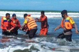 Tiga korban tenggelam asal Pidie ditemukan meninggal dunia di Aceh Barat