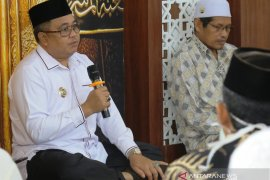 Untuk damai insiden di pendapa, Bupati Aceh Barat mengaku diperas Rp800 juta