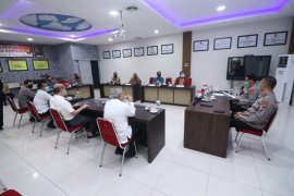 Kapolda Kalbar silaturahim bersama tokoh masyarakat lintas etnis bahas Kamtibmas