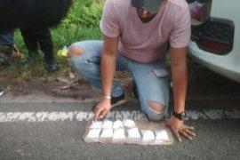 Polisi tangkap pasangan suami istri bawa 500 gram sabu