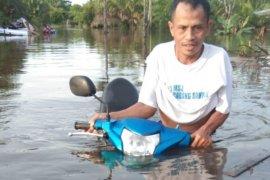 Banjir landa sejumlah wilayah di Kabupaten Sambas