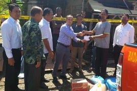 Pemkab Abdya dan Bank Aceh beri bantuan korban kebakaran