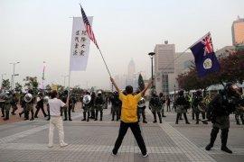 China peringatkan AS soal tindakan balasan terhadap UU  Muslim Uighur