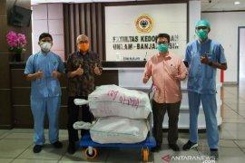 Gugus Tugas Penanganan COVID-19 ULM bantu perawatan pasien
