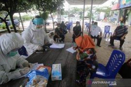 Pemkab Kutai Timur laksanakan rapid test pedagang di pasar