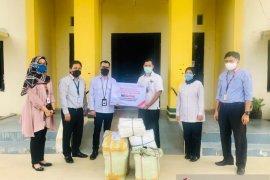 BNI Cabang Bukittinggi kembali beri bantuan APD ke RSUD Lubuk Basung