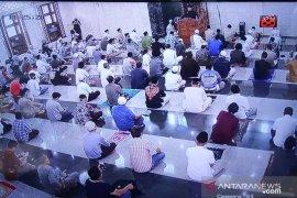 Wali Kota Bima Arya Shalat Jumat berjamaah di Masjid Baitur Ridwan Kota Bogor