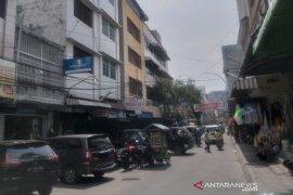 Pertokoan di Kota Medan mulai buka lagi