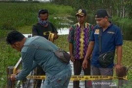 Sempat viral didatangi warga, ujung jalan Mahang Paku ditutup Polres HST