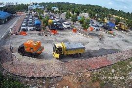 Kendaraan muatan 8 ton lebih dilarang lewati penyeberangan Dumai-Rupat