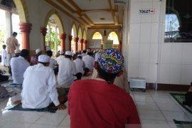 Banjarmasin to establish pilot mosque to fulfil health protocol