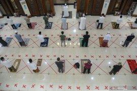Pemerintah menerbitkan panduan aktivitas di rumah ibadah