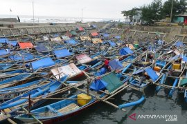 Pelaku usaha kecil Cianjur berharap mendapat bantuan pemerintah