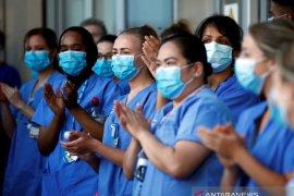 Dokter muda Indonesia bertugas di garis depan lawan COVID-19 di London