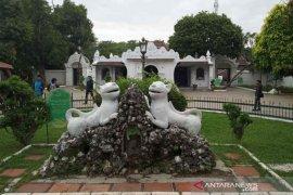 Tempat wisata Keraton Kasepuhan Cirebon kembali dibuka untuk umum