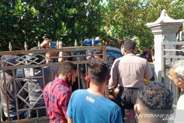 Polisi tangkap pasangan suami istri penyebar ideologi khilafah di Kupang