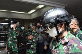 "TNI AD gunakan ""Helmet Thermal KC Wearable"" cegah COVID-19"