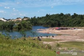 Warga Kalimantan menuntut UU Minerba dibatalkan