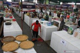 Pemkot Malang perketat penerapan protokol kesehatan di pasar rakyat