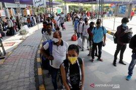 Kasus virus corona India tembus angka 200 ribu,  jauh dari puncak