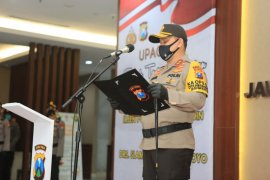 Kapolda Jatim minta Kapolrestabes Surabaya baru bantu putus mata rantai COVID-19