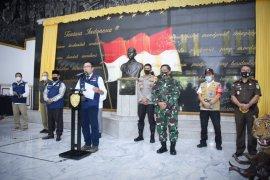 Gubernur Jawa Barat uraikan lima tahap adaptasi normal baru