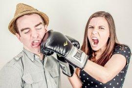 Tips hadapi pasangan yang sulit diajak bicara saat ada  masalah