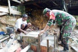 Kodim 0105 Aceh Barat bangun jamban untuk warga kurang mampu