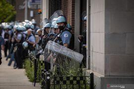 Penjarahan masal terjadi di Chicago, 100 orang ditangkap