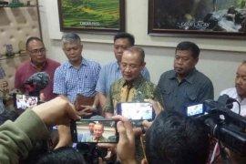 Bupati Majalengka meminta satu desa karantina mandiri selama 14 hari