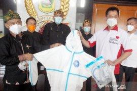 Prabowo sumbang 800 paket APD untuk tenaga medis Kabupaten Bogor