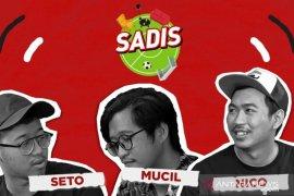 """Santai di sofa temani waktu malam """"Semeton"""" Bali United"""