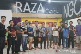 Pengusaha warung kopi di Kota Pontianak berharap kenormalan baru
