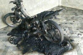 Sepmor dinas keuchik diduga dibakar di Aceh Utara