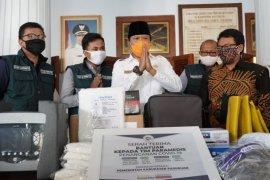 Yayasan Rumah Kita bantu peralatan kesehatan di Pasuruan