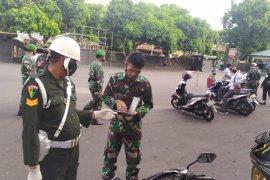 Detasemen Polisi Militer XVI/1 Ternate periksa kendaraan pribadi tentara