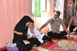 Ketua DPRD Kalsel temui keluarga korban penyerangan polsek dasel hss