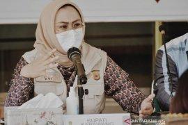 Bupati Karawang: Gubernur selalu koordinasi dalam penanganan COVID-19 di Jabar